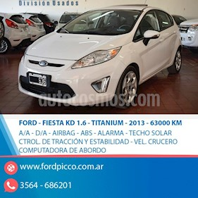 Foto venta Auto usado Ford Fiesta Kinetic Titanium (2013) color Blanco