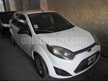 Foto venta Auto usado Ford Fiesta Max One Ambiente (2011) color Blanco Oxford precio $175.000