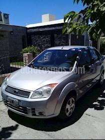 Foto venta Auto usado Ford Fiesta Max Ambiente Plus (2008) color Plata Metalico precio $165.000