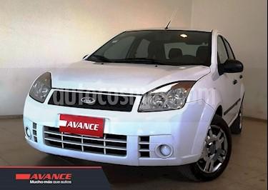 Foto venta Auto usado Ford Fiesta Max Ambiente (2010) color Blanco precio $180.000