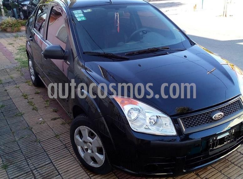 Ford Fiesta Max Ambiente Plus usado (2010) color Negro Ebony precio $442.000