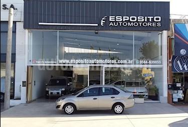 Ford Fiesta Max Ambiente Plus usado (2012) color Dorado precio $355.000