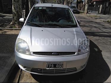 Foto venta Auto usado Ford Fiesta Max Edge Plus  (2006) color Gris precio $180.000