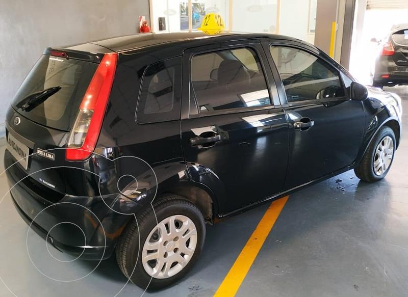 Ford Fiesta One Ambiente usado (2010) color Negro precio $490.000