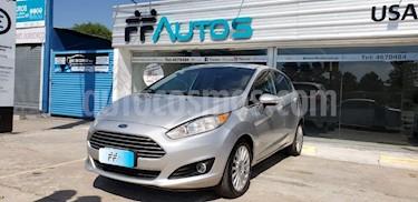 Ford Fiesta One Edge Plus usado (2014) color Gris Claro precio $569.000