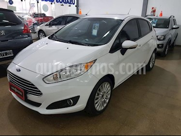 Foto venta Auto usado Ford Fiesta One Edge Plus (2016) color Blanco precio $506.000