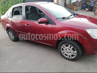 Ford Fiesta Sedan 1.6 SE  usado (2006) color Rojo precio $2.500.000