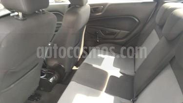 Ford Fiesta Sedan 4p S L4/1.6 Man usado (2015) color Plata precio $145,000