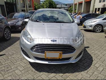 foto Ford Fiesta Sedán Titanium Aut usado (2016) color Plata precio $25.000.000