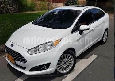 Ford Fiesta Sedan Titanium Aut usado (2015) color Blanco precio $35.900.000