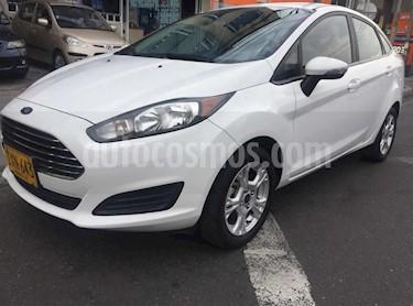Ford Fiesta Sedan SE Aut usado (2016) color Blanco precio $33.900.000