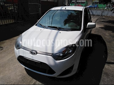 Foto Ford Fiesta Sedan First usado (2011) color Blanco precio $72,900