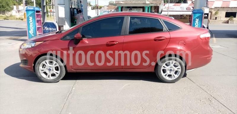 foto Ford Fiesta Sedán SE Aut usado (2017) color Rojo precio $195,000
