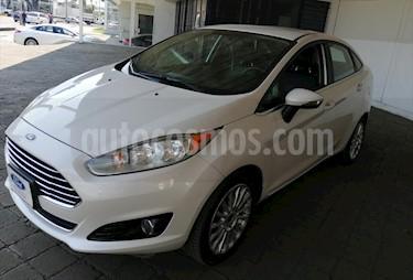 Ford Fiesta Sedan TITANIUM L4/1.6 AUT usado (2016) color Blanco precio $178,000