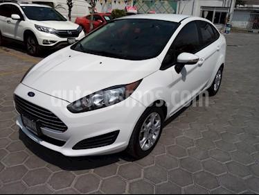 Ford Fiesta Sedan SE Aut usado (2015) color Blanco Oxford precio $145,000