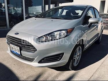 Ford Fiesta Sedan SE Aut usado (2019) color Plata precio $230,000