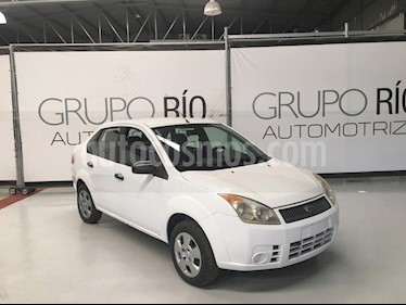 Ford Fiesta Sedan First usado (2009) color Blanco precio $68,000