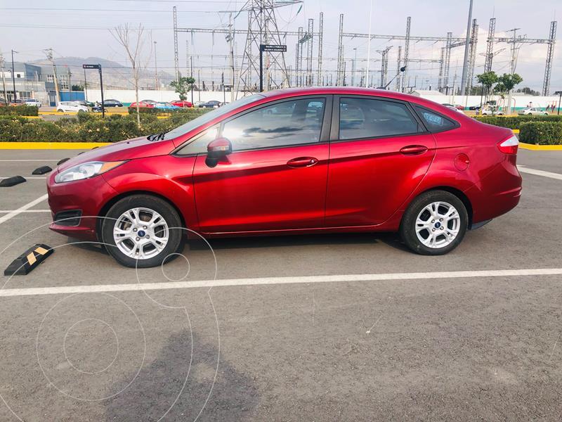 Ford Fiesta Sedan SE usado (2016) color Rojo Rubi precio $129,000