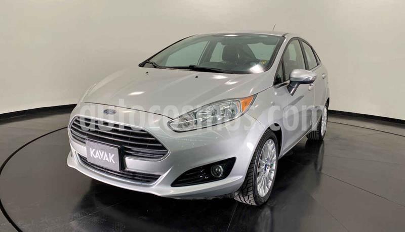 Ford Fiesta Sedan Titanium Aut usado (2016) color Plata precio $197,999