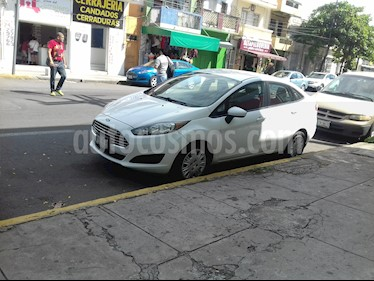 Ford Fiesta Sedan S Aut usado (2014) color Blanco Oxford precio $107,500