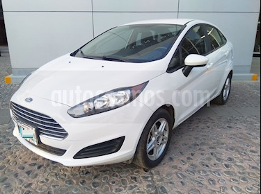 Ford Fiesta Sedan SE usado (2017) color Blanco Oxford precio $165,000