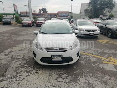 Foto Ford Fiesta Sedan S Aut usado (2013) color Blanco precio $100,000