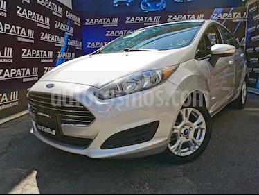 Ford Fiesta Sedan SE usado (2015) color Plata Estelar precio $150,000
