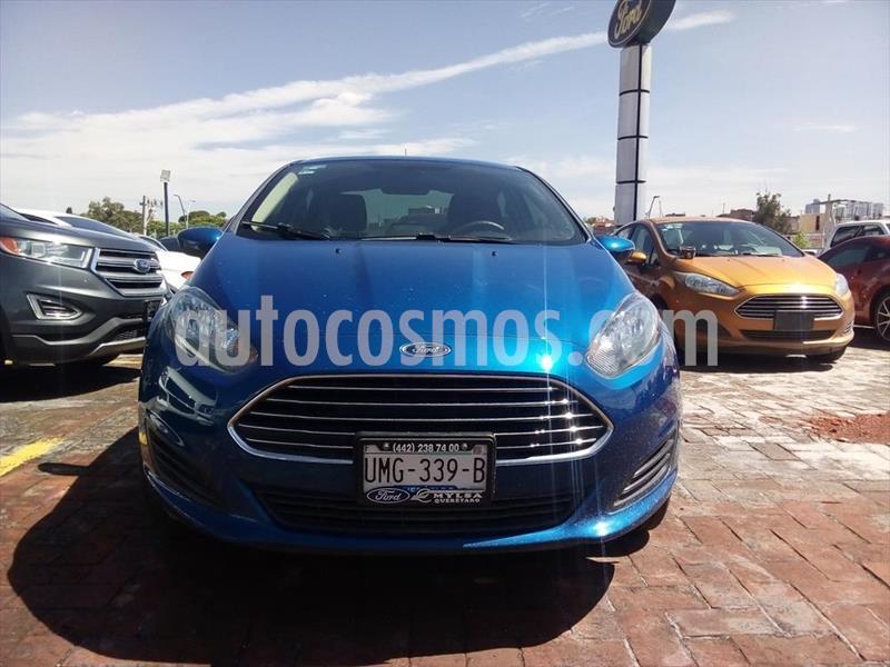 foto Ford Fiesta Sedán SE Mt usado (2019) color Azul Eléctrico precio $225,000