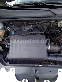 Foto Ford Fiesta Sedan First usado (2008) color Plata precio $60,000