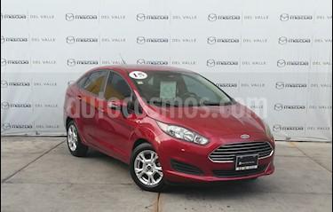 Ford Fiesta Sedan SE usado (2015) color Rojo Rubi precio $175,700