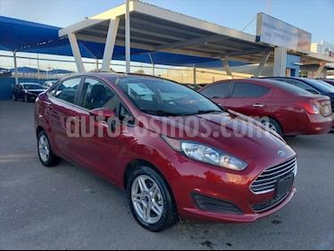 Ford Fiesta Sedan SE Aut usado (2017) color Rojo precio $180,000
