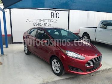 Ford Fiesta Sedan SE usado (2015) color Rojo precio $129,000