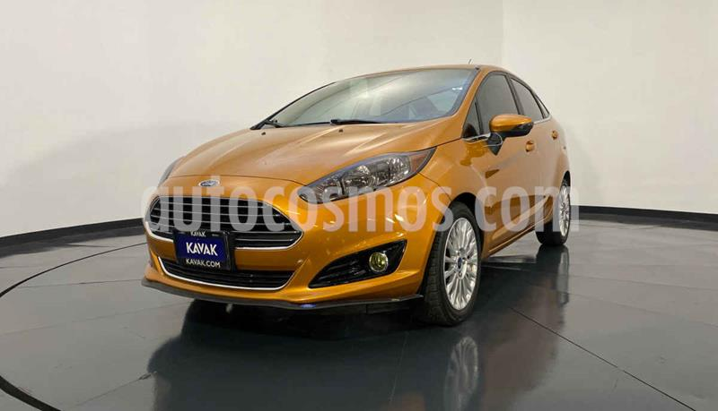 Ford Fiesta Sedan S Aut usado (2015) color Naranja precio $192,999