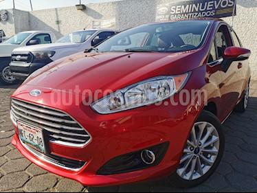 Ford Fiesta Sedan Titanium usado (2017) color Rojo Rubi precio $215,000