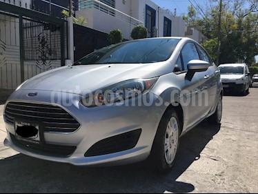 Ford Fiesta Sedan S usado (2015) color Plata precio $120,000