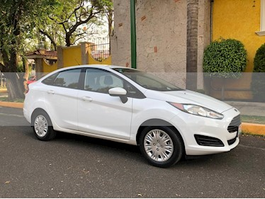 Ford Fiesta Sedan S Aut usado (2016) color Blanco Oxford precio $144,900