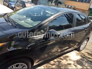 Foto Ford Fiesta Sedan S Aut usado (2015) color Negro precio $149,000
