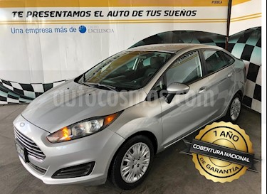 Foto venta Auto usado Ford Fiesta Sedan S (2014) color Plata precio $138,000