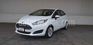 Foto venta Auto usado Ford Fiesta Sedan S (2015) color Blanco precio $155,000