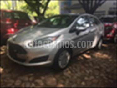 Ford Fiesta Sedan S usado (2017) color Plata precio $169,999