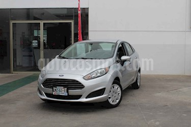 Foto Ford Fiesta Sedan S usado (2016) color Plata precio $149,000