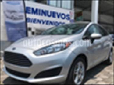 Foto Ford Fiesta Sedan SE Aut usado (2017) color Plata precio $194,500