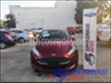 Foto Ford Fiesta Sedan SE Aut usado (2016) color Rojo precio $185,000