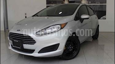 Foto venta Auto usado Ford Fiesta Sedan SE (2017) color Plata precio $190,000