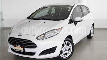 Ford Fiesta Sedan SE usado (2016) color Blanco precio $160,000