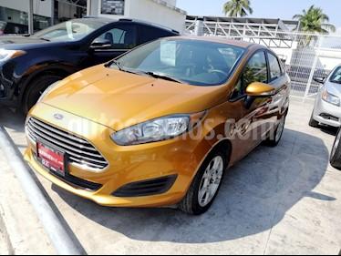 Foto venta Auto Seminuevo Ford Fiesta Sedan SE (2016) color Oro precio $179,000