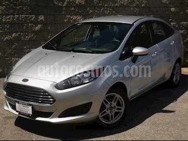 Ford Fiesta Sedan SE usado (2017) color Plata precio $188,000