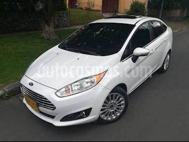 Foto venta Carro Usado Ford Fiesta Sedan Titanium Aut (2014) color Blanco Oxford precio $36.900.000