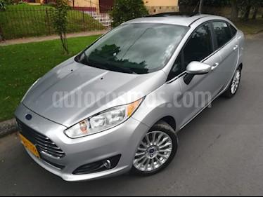 Foto venta Carro Usado Ford Fiesta Sedan Titanium Aut (2015) color Plata Puro precio $38.900.000