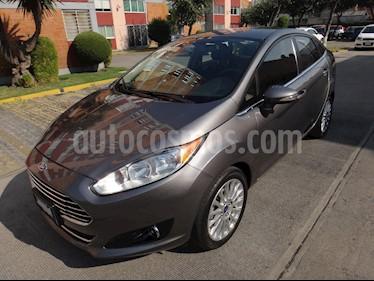 Ford Fiesta Sedan Titanium Aut usado (2014) color Gris precio $150,000